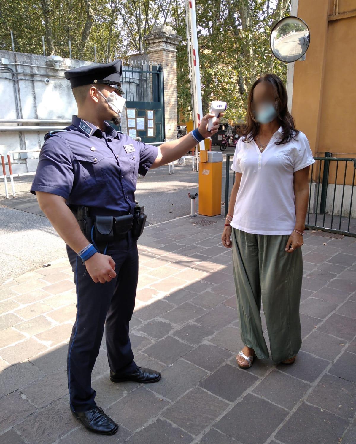Termometro infrarossi Security.it Gisec - Emergenza Covid-19 - Istituto di Vigilanza Roma